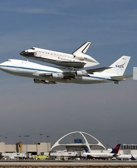 Transport of the Space shuttle Endeavour