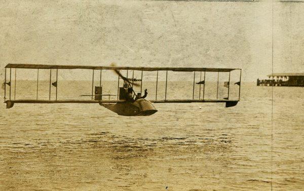 TSB La primera aerolínea de transporte regular